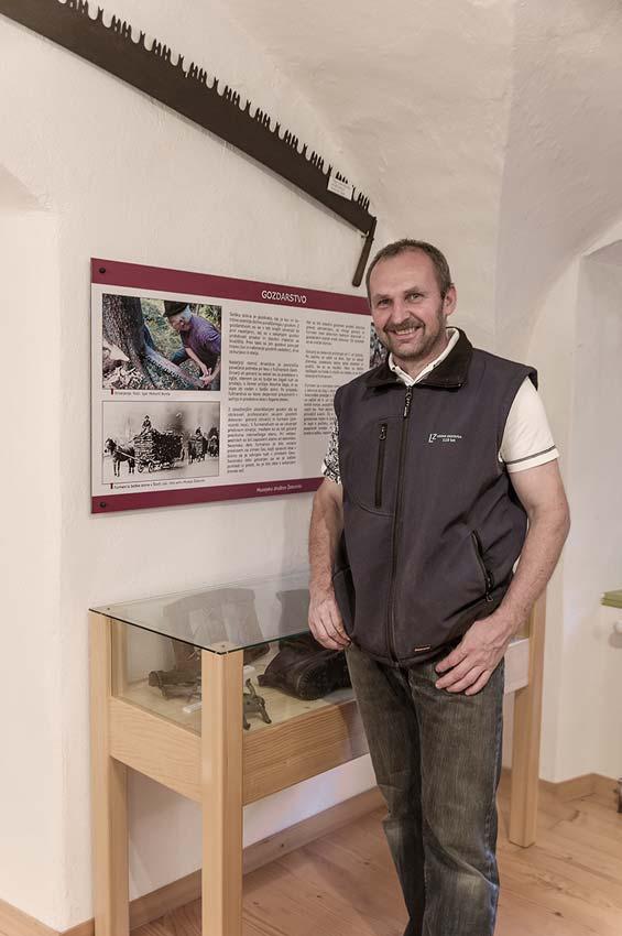 Poslovna Fotografija Tomaz Demsar Muzej Zelezniki