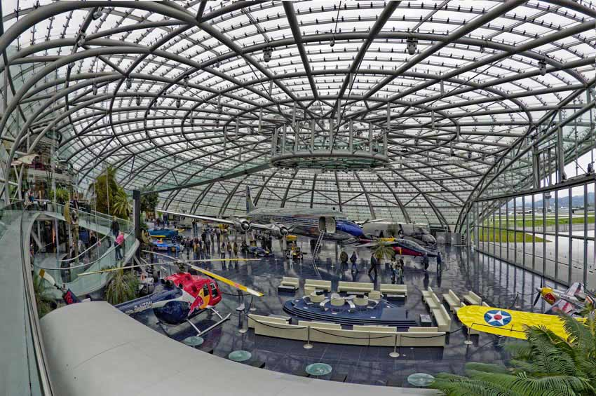 Poslovna Fotografija Salzburg   RedBull Hangar