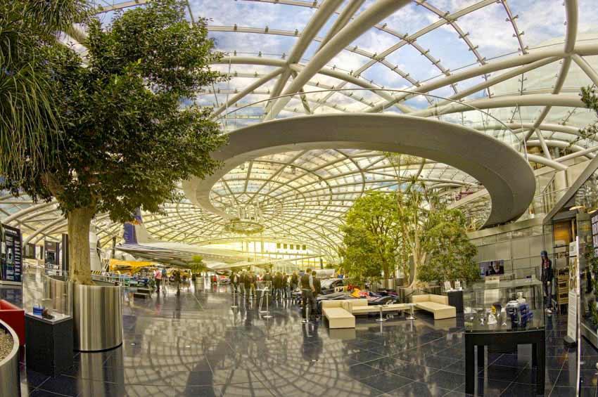 Poslovna Fotografija Salzburg   RedBull Hangar Sonce